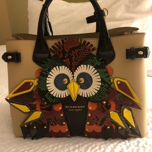 NWT Authentic Burberry Owl Banner Tote